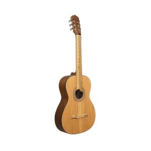 guitarra clásica en cedro
